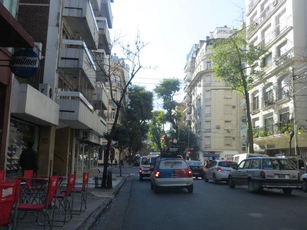 IMG_7212-uriburu-street-towards-recoleta-cemetery