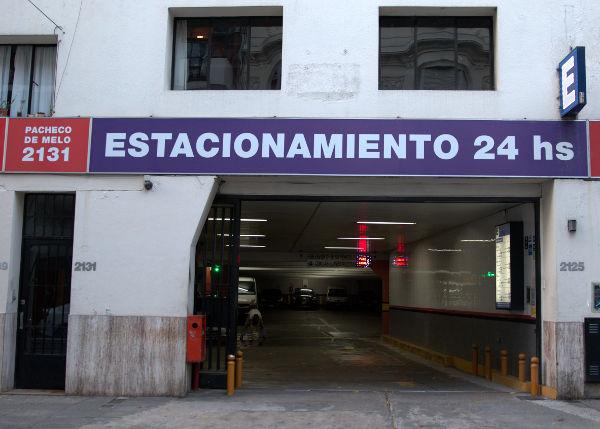 Car parking / garage entrance at Pacheco de Melo 2125