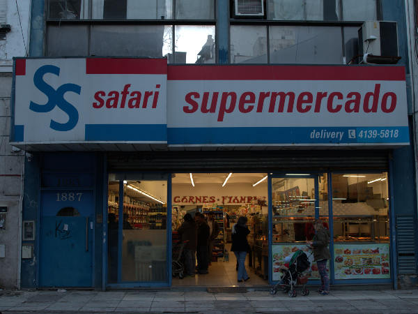Safari supermarket food liquor store located on Azcuenaga street between Las Heras and Vicente López street.