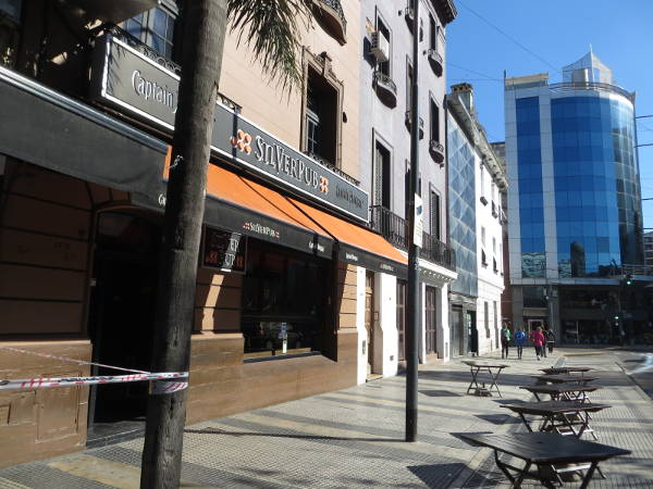 Silver Pub on Vicente Lopez street