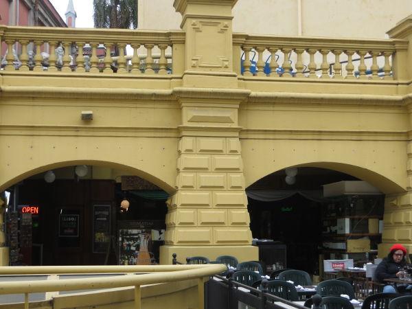 Buenos Aires Design Arcade column