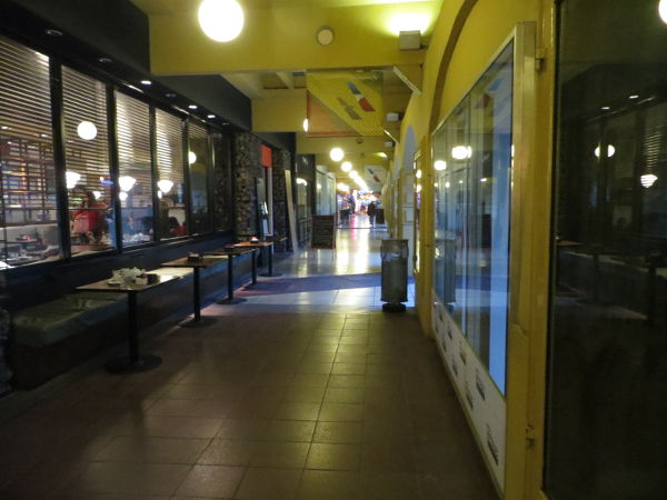 Shops and restaurants under the Buenos Aires Design arcade