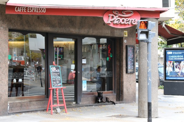 Piacere cafe one block away from the apartment