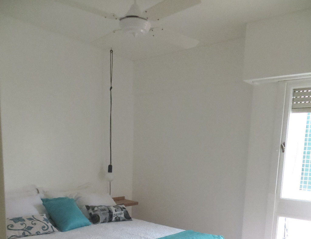 The main bedroom is equipped with a modern 4 blade fan. for extra comfort.